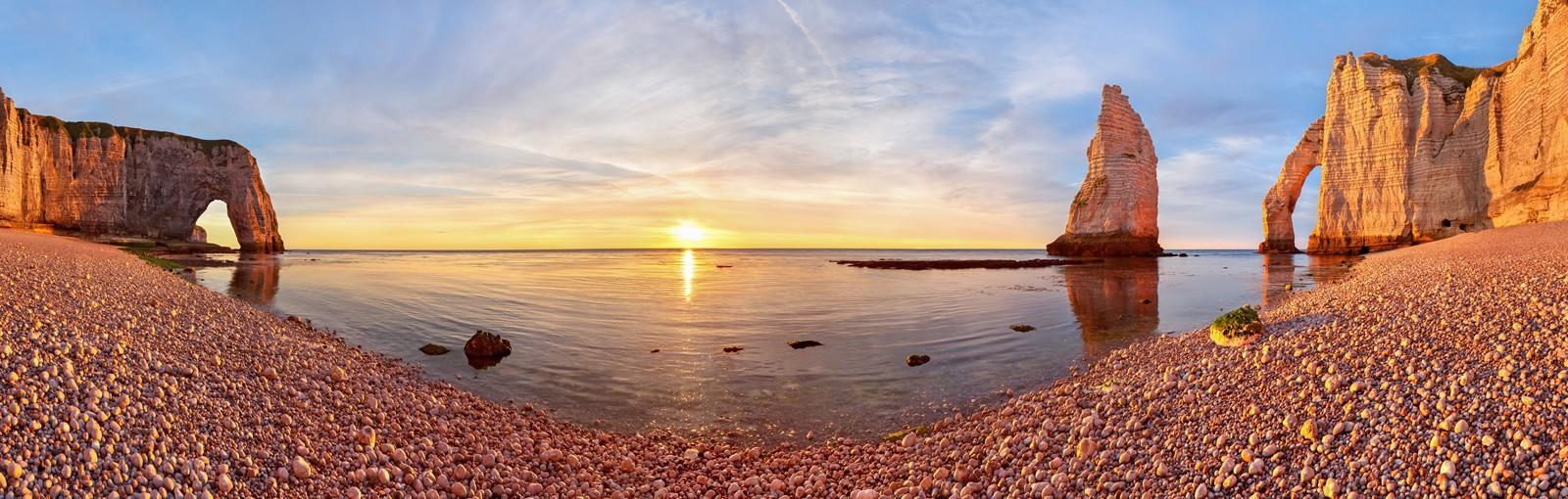 Sunset in Etretat