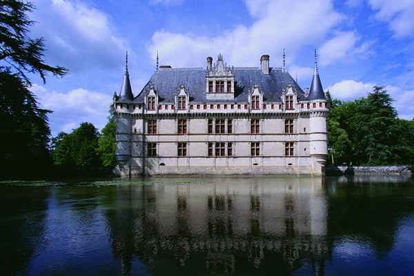 The Berry and the Loire, large and smaller castles - Loire valley - Multiday tours from Paris