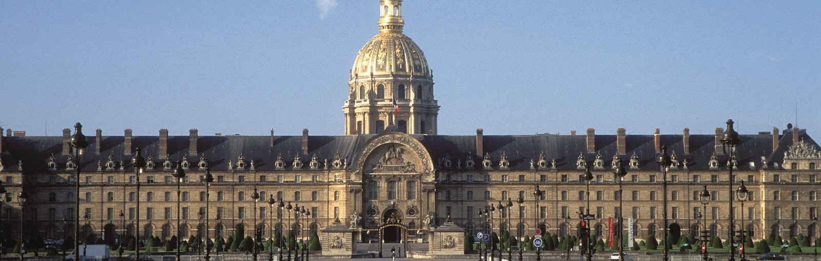 Tours The Invalides, the Army Museum, the Tomb of Napoleon - Walking tours - Paris Tours