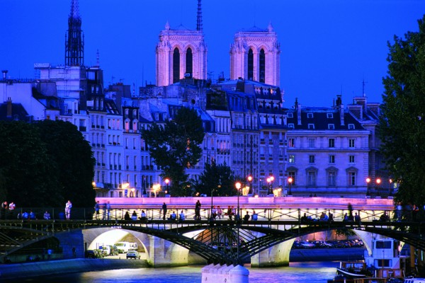Illuminations tour - Sightseeing - Paris Tours