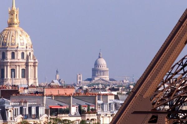 Sightseeing Paris