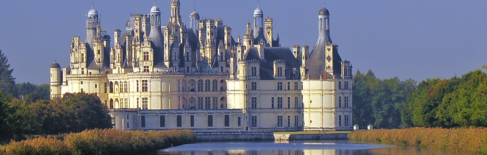 Tours Normandy, Mont-Saint-Michel, Castles of the Loire valley, Chartres and Versailles - Multi-regional - Multiday tours from Paris