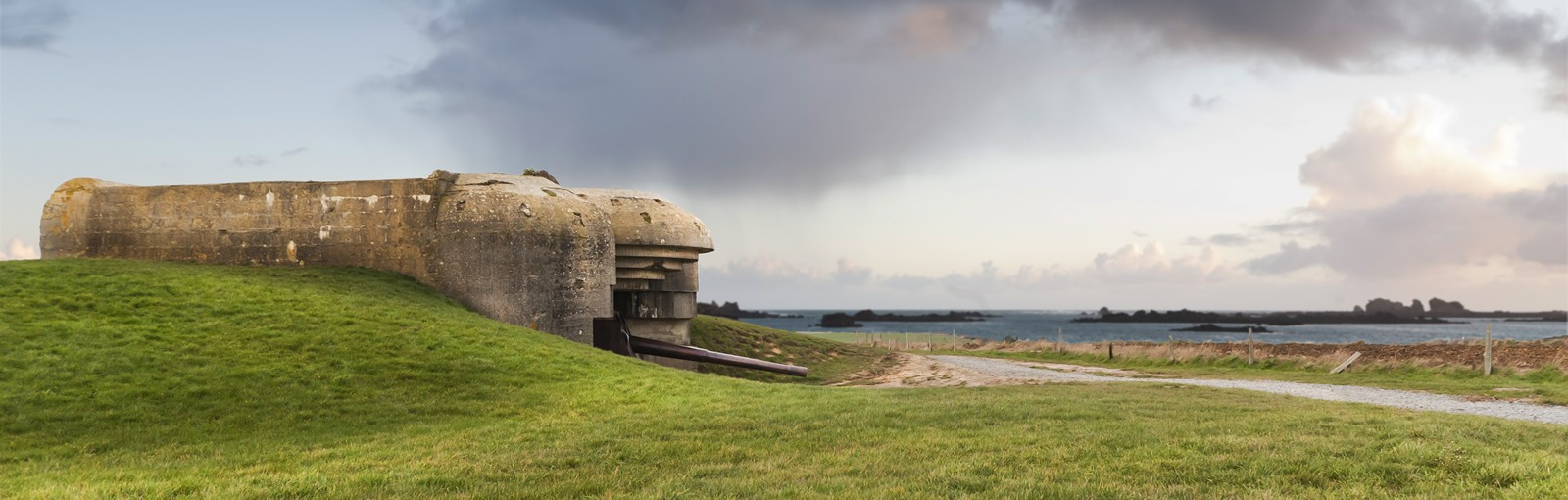 """Tours 3 days in Normandy, a thorough exploration of the """"DDay"""" Landings area - Normandy - Multiday tours from Paris"""
