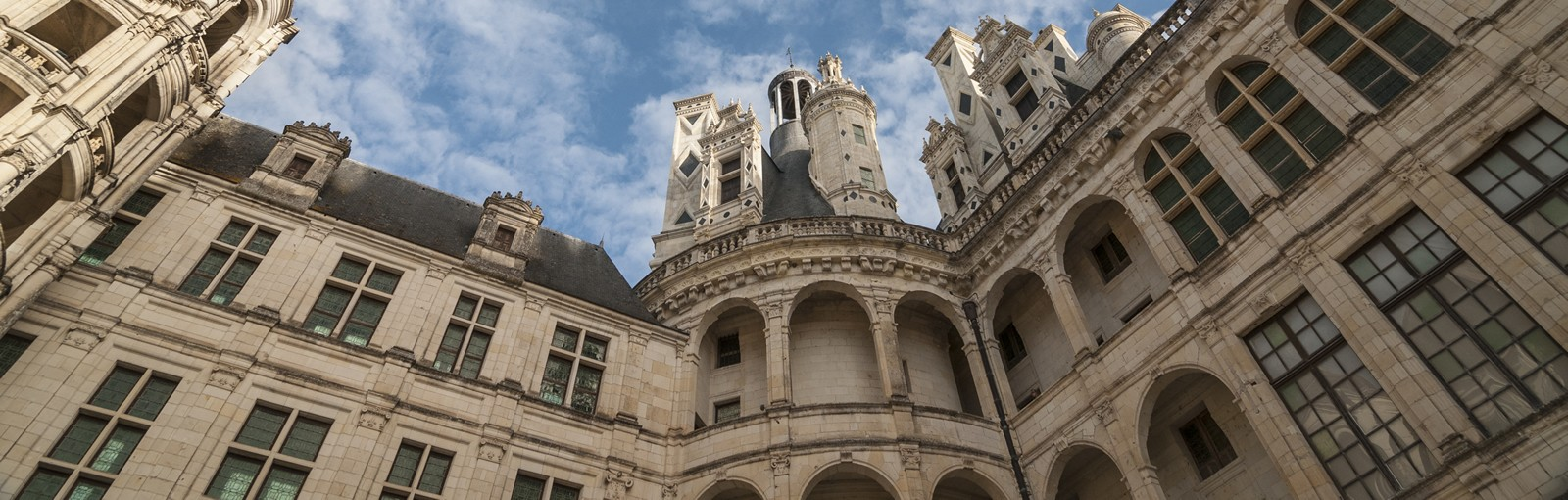 Tours The most famous castles of the Loire valley & Chartres - Loire valley - Multiday tours from Paris
