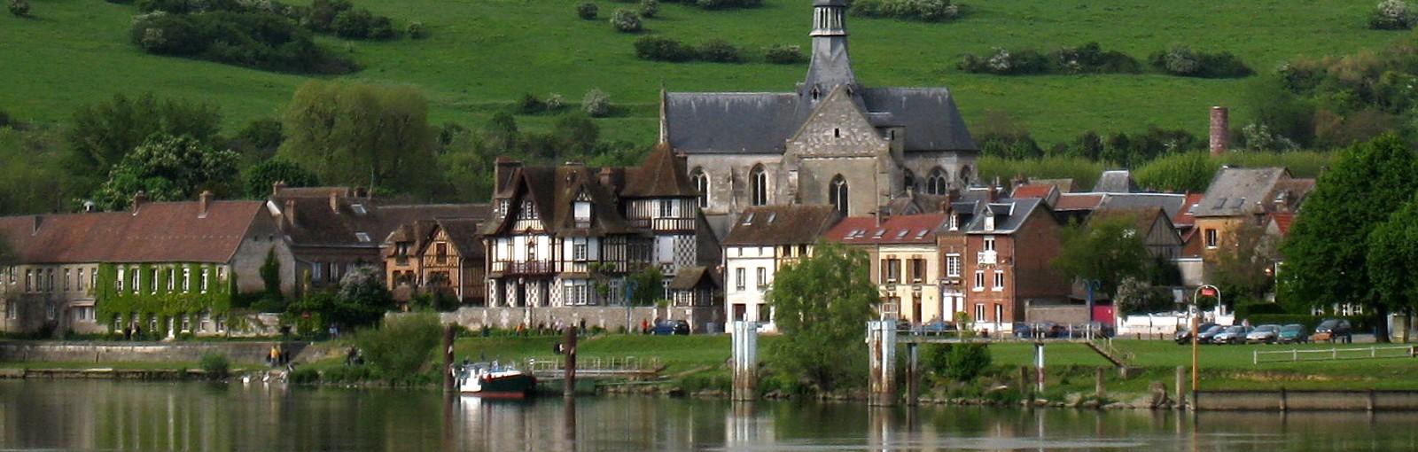 Les Andelys - village along the Seine